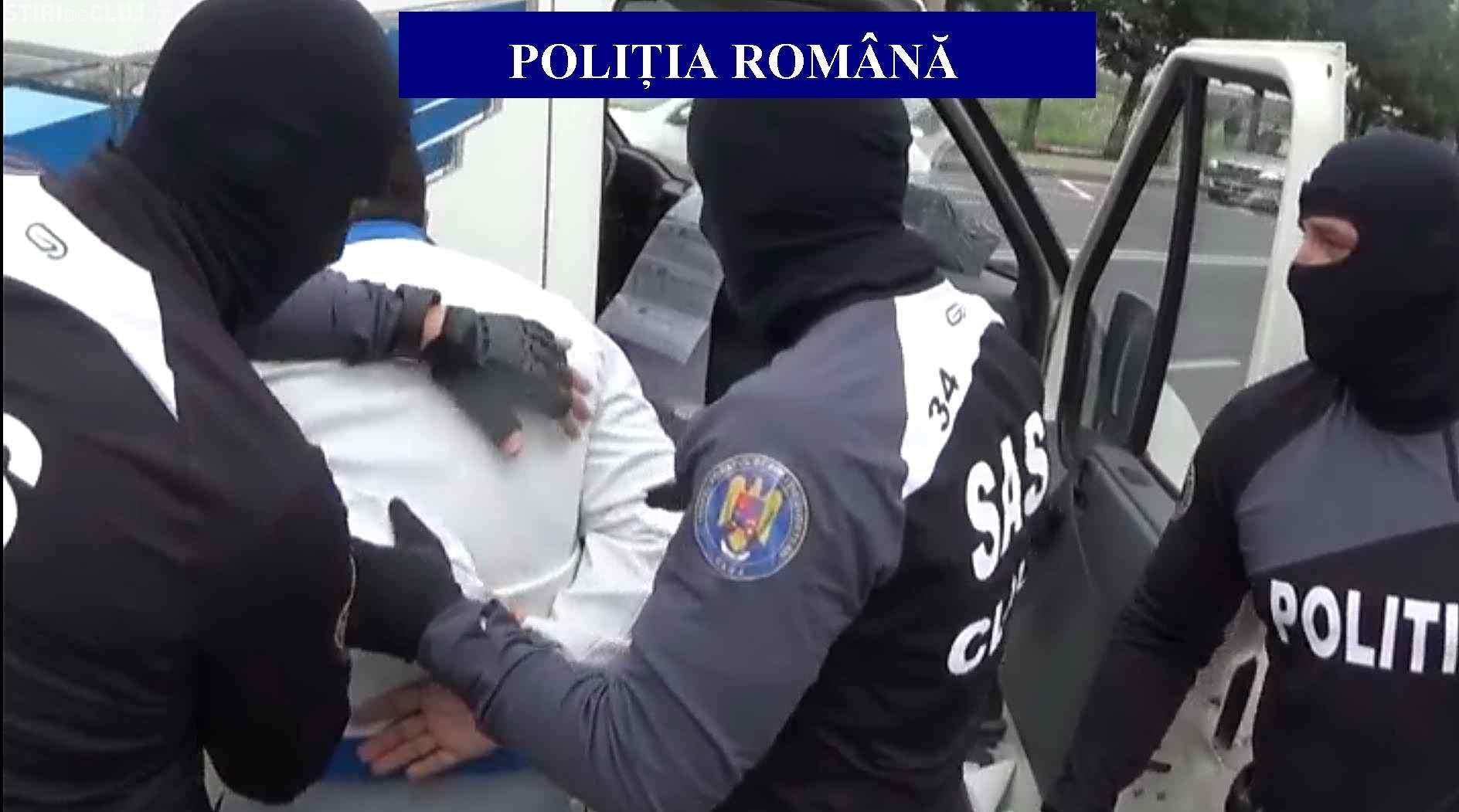 Escroc prins în flagrant la Cluj! Cum își păcălea victimele de pe site-urile de anunțuri FOTO