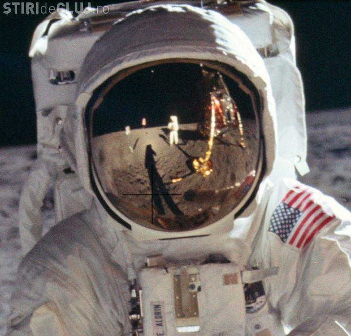 NASA a publicat TOATE imaginile capturate de primii astronauți care au aterizat Lună. Ce au fotografiat Armstrong și Aldrin FOTO