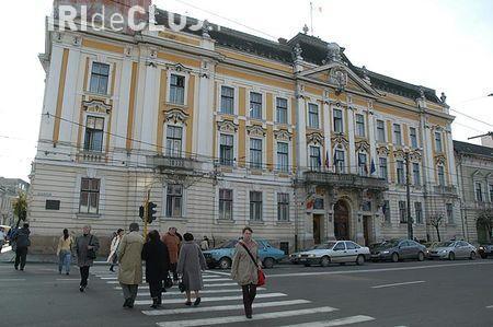 Peste 1.000 de angajați de la Primăria Cluj-Napoca sunt în grevă
