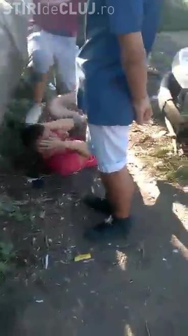 Poliția Cluj a identificat BESTIILE, care l-au bătut pe tânăr în Mărăști. Ce măsură s-a LUAT de urgență - FOTO