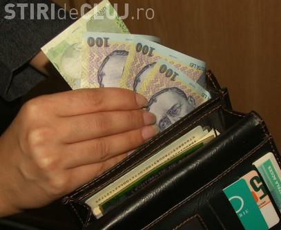 Ce a pățit o româncă ce și-a uitat portofelul cu bani la Fisc