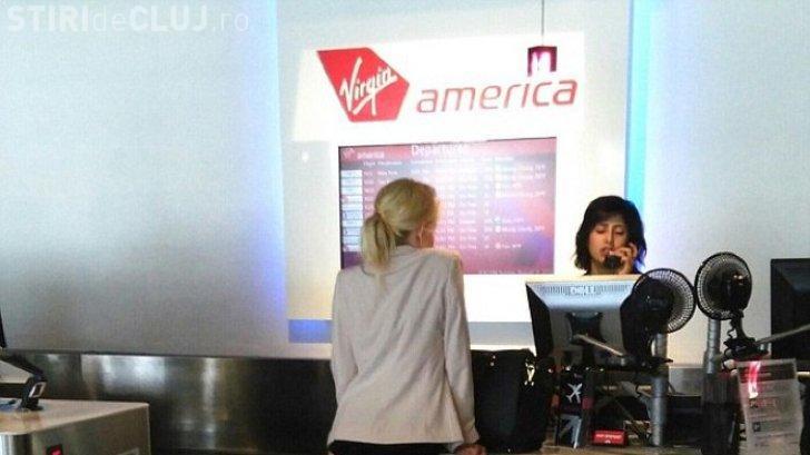 O tânără s-a prezentat la aeroport în lenjerie intimă - FOTO