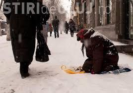 O țară din Europa vrea să interzică cerșetoria: Nu rezolvă sărăcia din România și Bulgaria