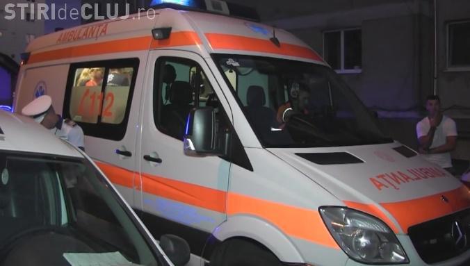 Copil de 4 ani, lovit grav de o mașină la Dej. I-a sărit în față șoferului VIDEO
