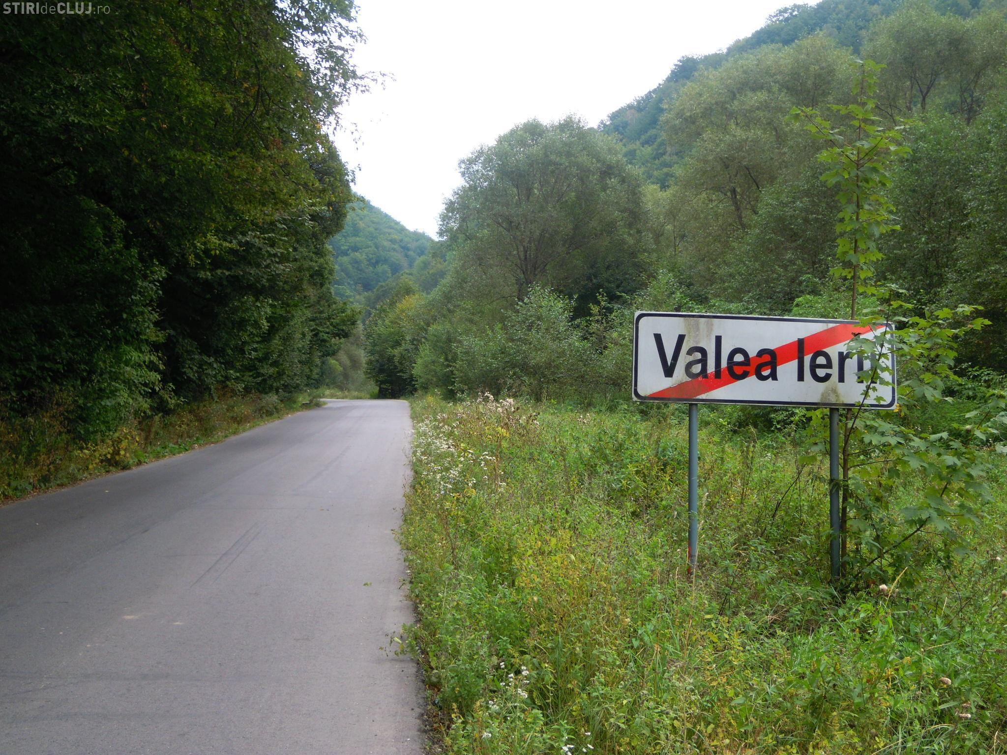 A fost asfaltat şi ultimul sector de pe drumul Băişoara – Valea Ierii - FOTO