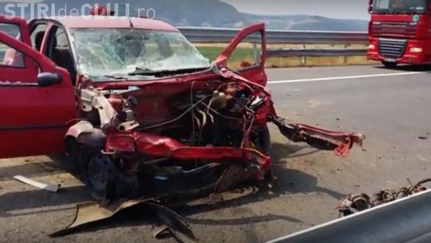 Accident pe Autostrada Transilvania! Un șofer a intrat în parapet