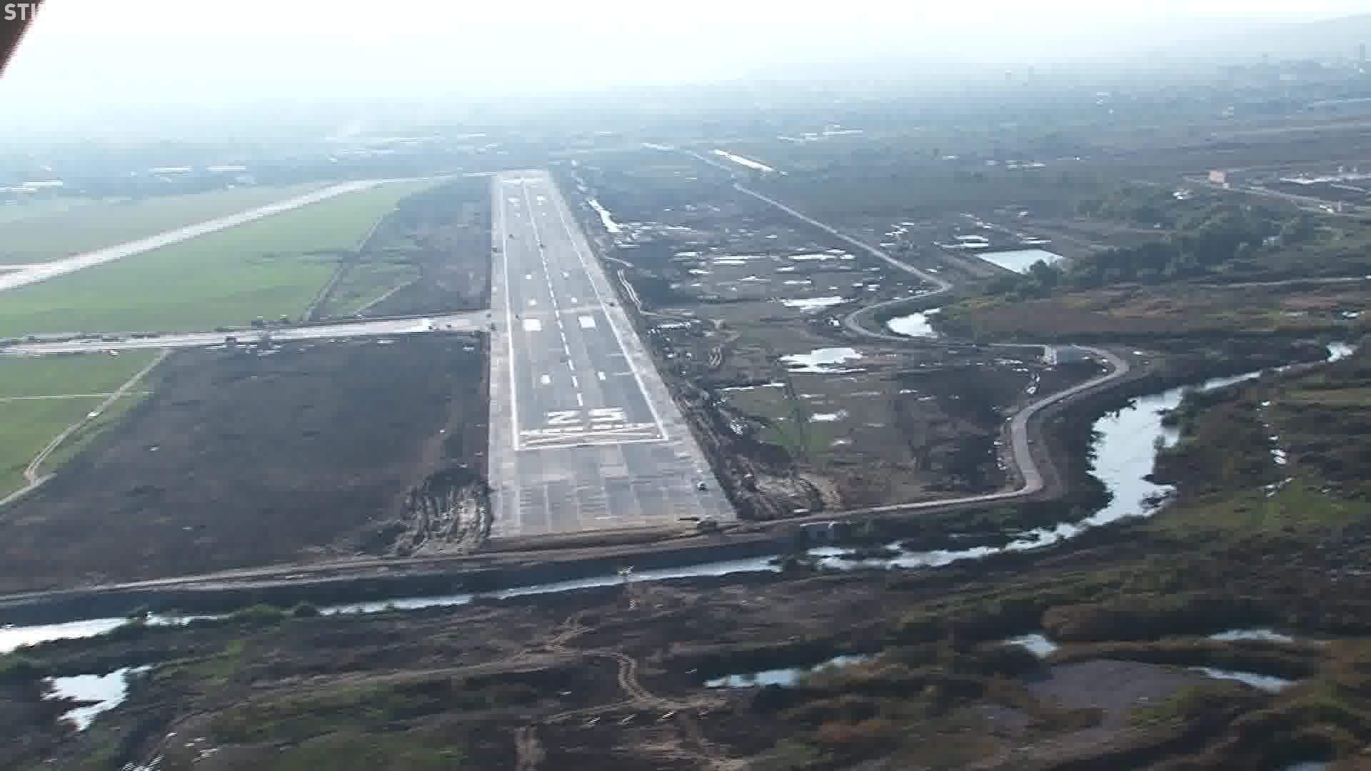 Exproprieri în zona Aeroportului Cluj. CJ Cluj vrea să extindă pista până la 3.500 de metri