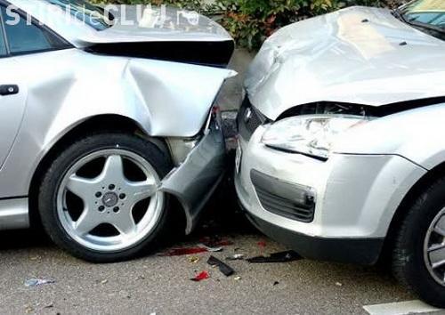 Clujean prins de polițiști drogat la volan. Nu a mai fost în stare să controleze mașina și a cauzat un accident