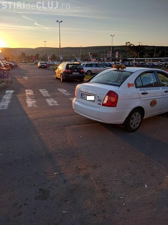 """Caz la Polus Cluj. Taximetristul a refuzat cursa cu """"minciuni"""""""