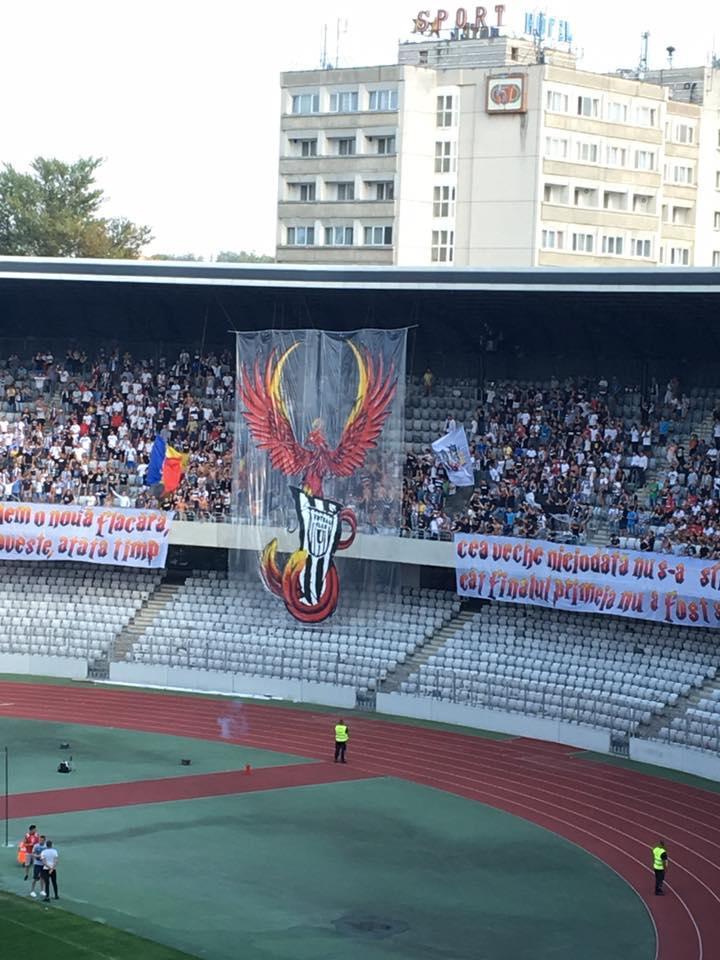 U Cluj a câștigat cu 12 - 0 meciul cu Unirea Tritenii de Jos. Ce au făcut suporterii - VIDEO