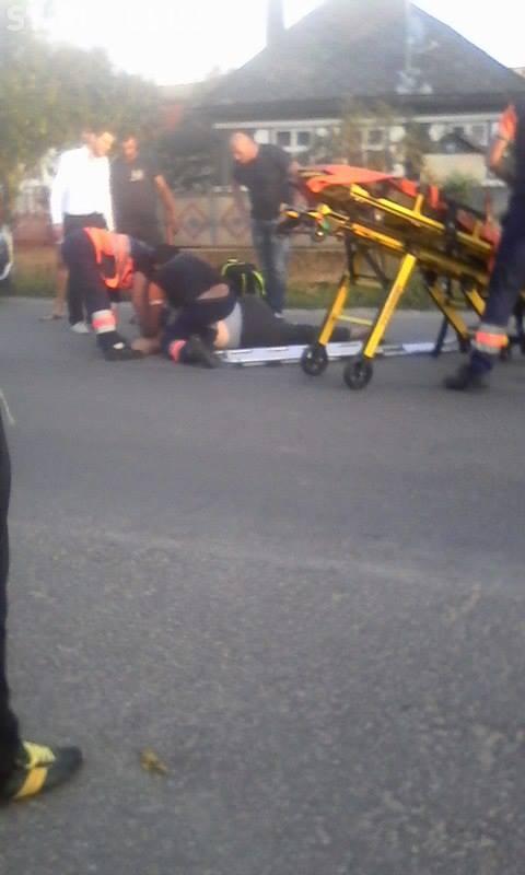 CLUJ: Un pieton se zbate între viață și moarte după ce a fost spulberat de mașină. Traversa strada neregulamentar VIDEO/UPDATE