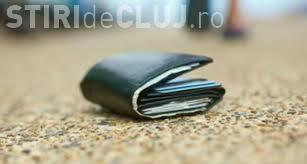 Banii pierduți de un clujean la Iulius Mall sunt la Poliția Cluj. SHARE