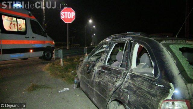CLUJ: Centura de siguranță i-a salvat viața unui șofer de 19 ani! S-a rostogolit cu mașina VIDEO