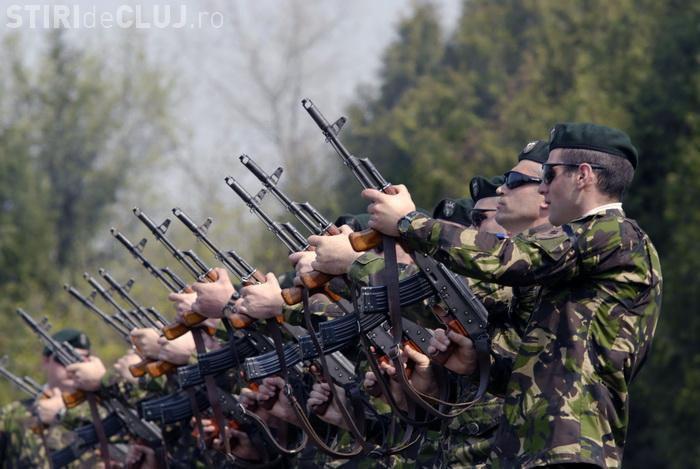 Cluj: Se fac angajări de soldați