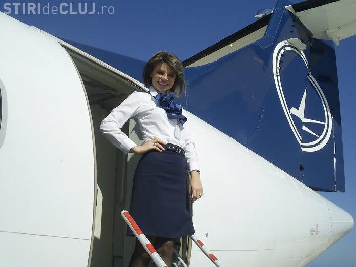 TAROM cercetează o stewardesă care a UMILIT o pasageră. Este vorba despre o vedetă a tabloidelor - FOTO
