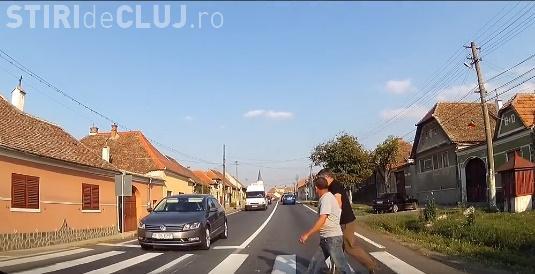 """Un șofer clujean a văzut acest caz pe stradă și a oprit: """"Ai vrea sa fii in locul lui?"""" - VIDEO"""
