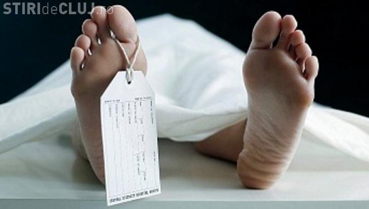 Descoperire macabră la Gherla! Un bărbat a fost găsit mort în casă