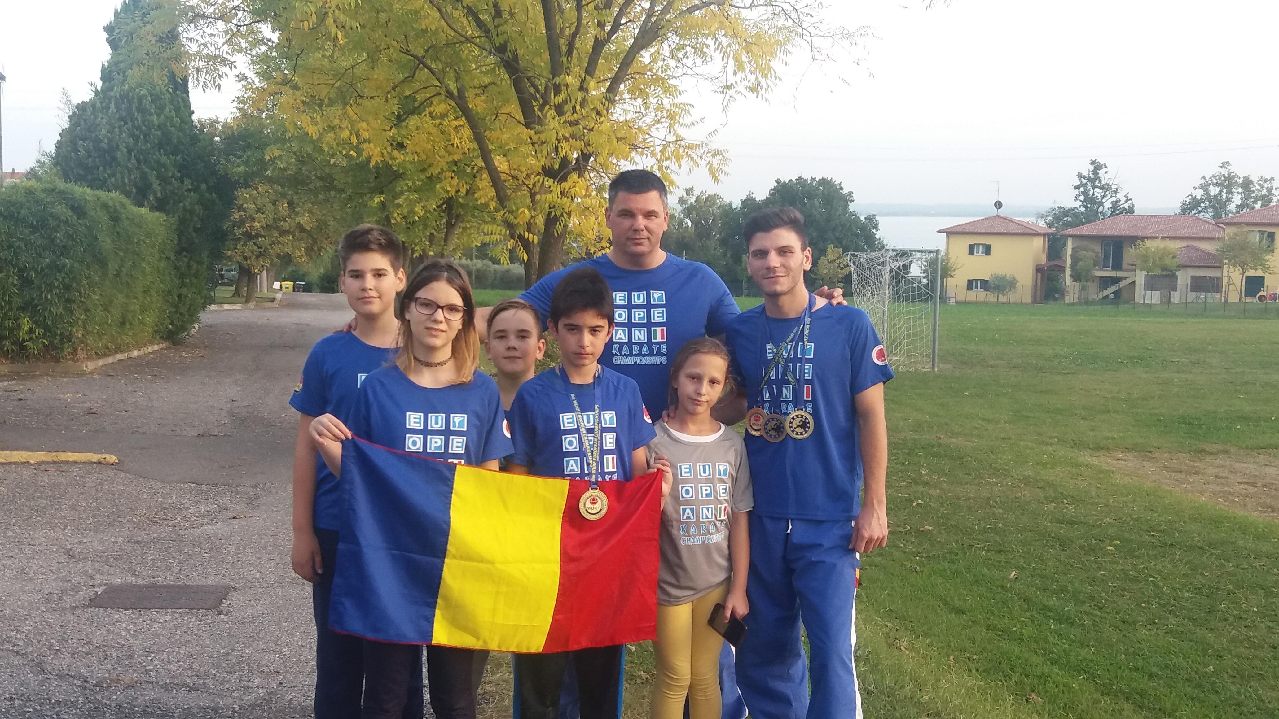 Trei medalii de aur pentru sportivii de la C.S. Poli Karate Cluj