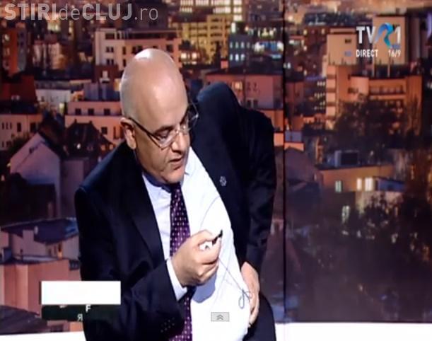 Raed Arafat a plecat de la TVR. Și-a smuls lavaliera când a fost întrebat de demisie - VIDEO