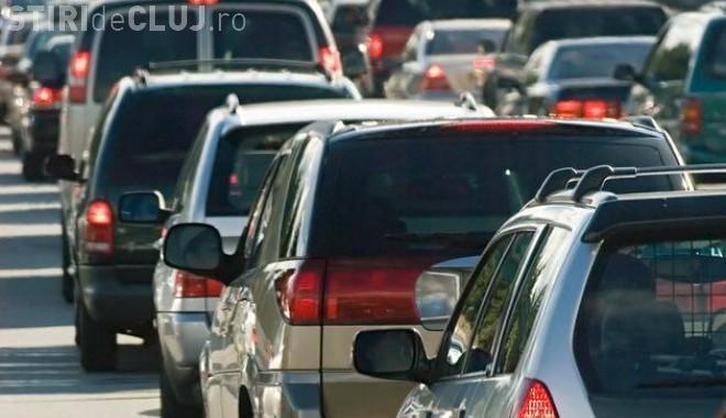 Ce soluție este pentru traficul BLOCAT de pe strada Câmpului. Emil Boc: Centura va salva situația