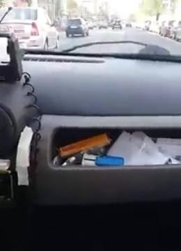 VIDEO: Dialog dintre un clujean și un taximetrist de la Nova: Miroase și e jegoasă mașina