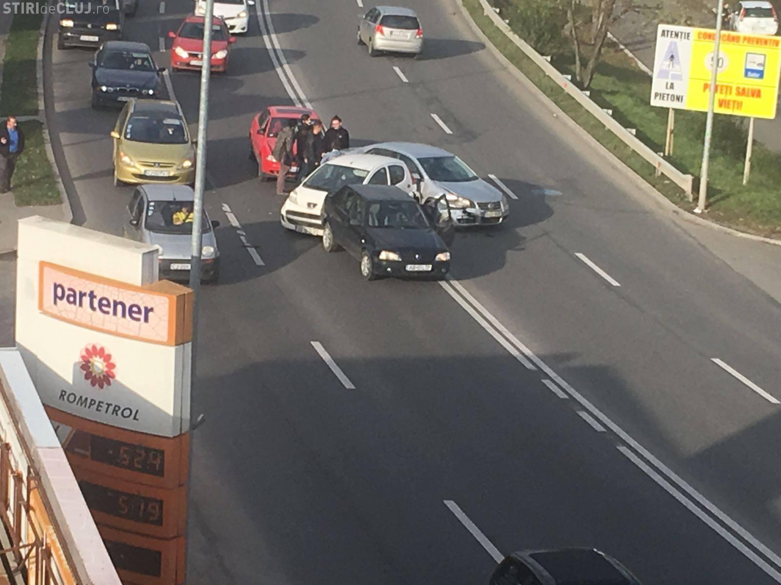 Accident în lanț pe Calea Turzii - FOTO