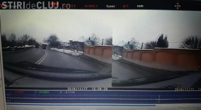 Depășire CRIMINALĂ pe un drum din Cluj! Se putea sfârși rău - VIDEO
