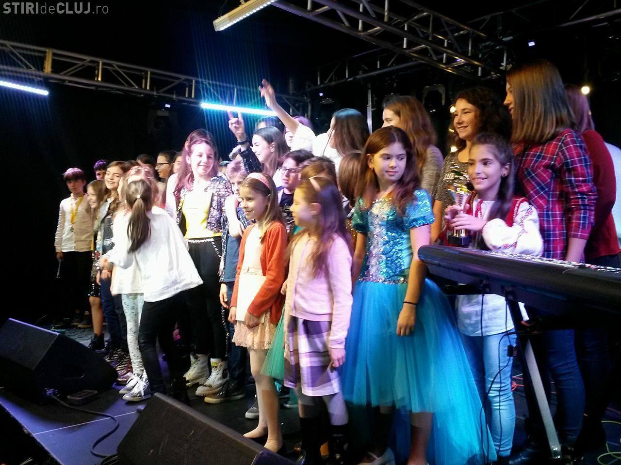 Festivalul Internațional de Muzică School Idol Cluj și-a desemnat câștigătorii. Competiția a fost acerbă - VIDEO