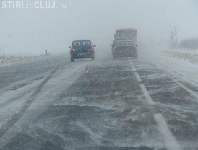 Pe Autostrada Transilvania se circulă în condiții de iarnă. Care sunt recomandările polițiștilor pentru șoferi