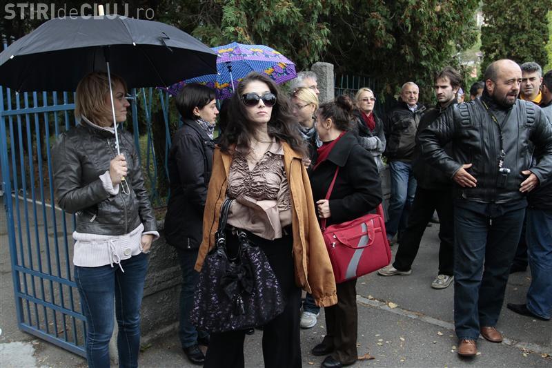 Scrisoarea unui grup de jurnalisti din TVR Cluj: Directorul Romeo Couți este responsabil de dezastrul din instituție