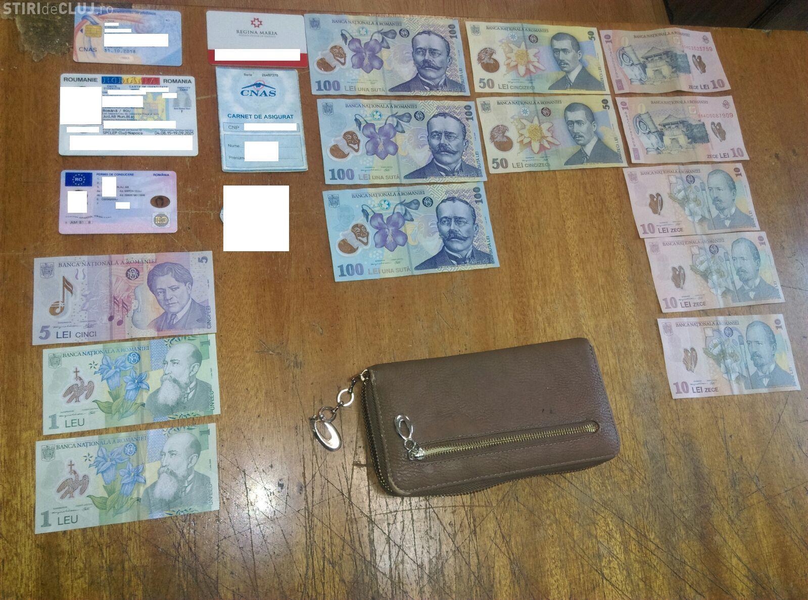 Portmoneu cu bani, găsit pe o stradă din Cluj-Napoca