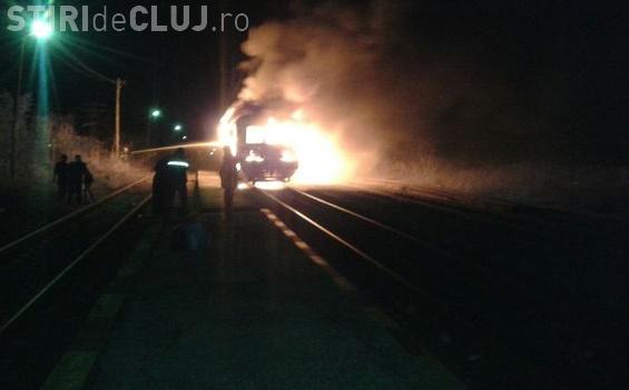 Accident în România! Un tren de navetiști a luat foc în mers