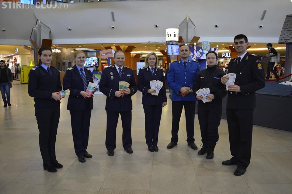 """Acțiune a poliției în Iulius Mall Cluj: """"Alege să fii corect"""""""