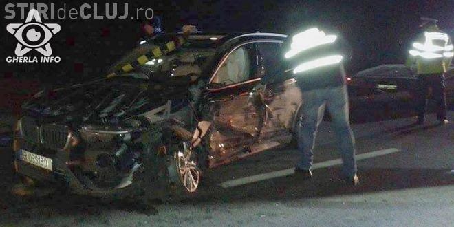 Două BMW-uri s-au făcut PRAF pe centura Apahida. Ambele mașini s-au răsturnat pe marginea drumului VIDEO