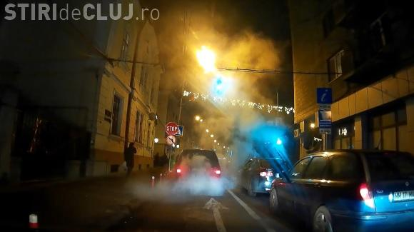 Cluj: O afumătoare pe roți filmată în centrul orașului - VIDEO