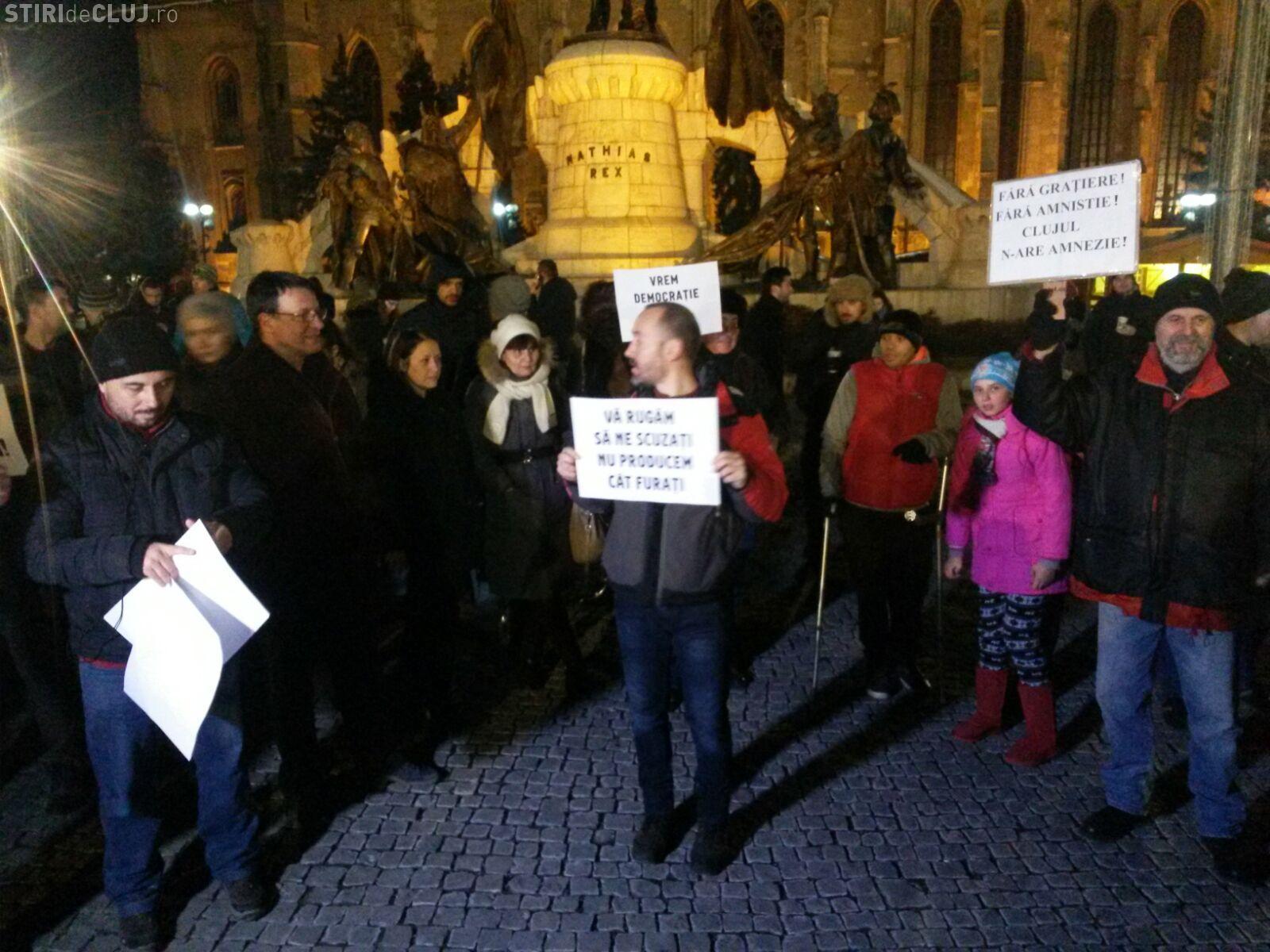 Clujenii au protestat împotriva legii grațierii FOTO/VIDEO