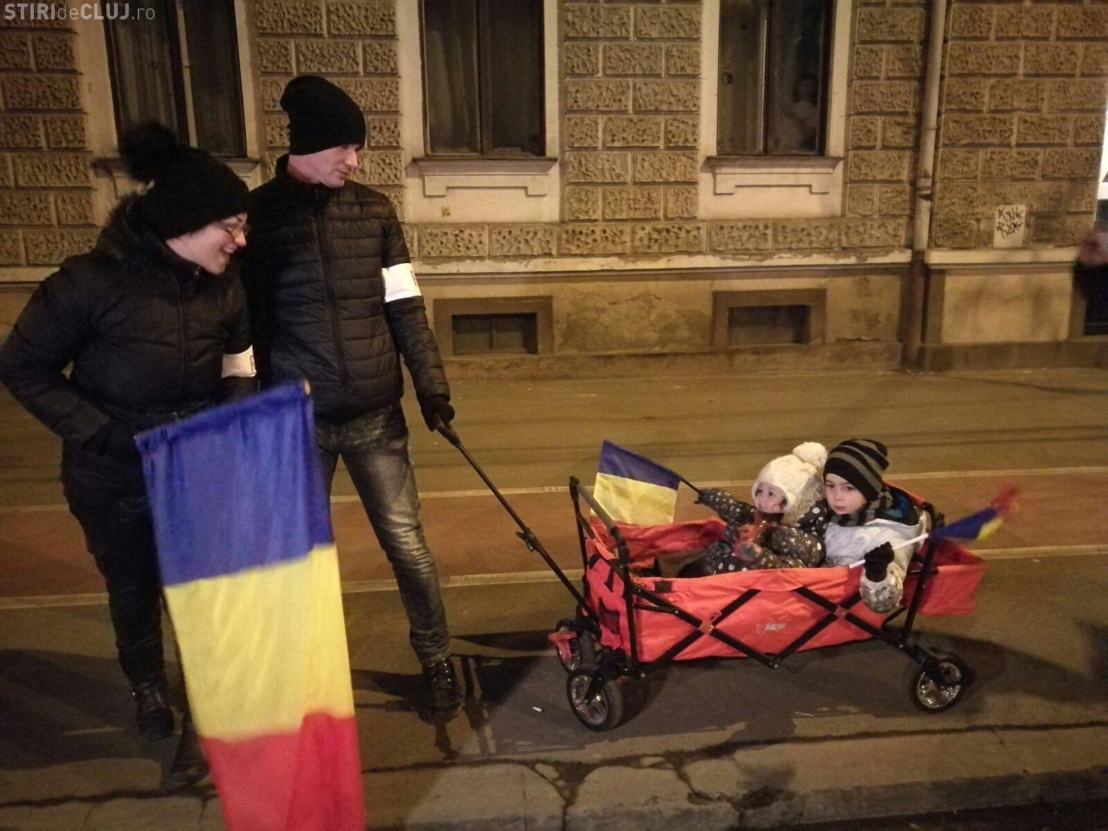 Cei mai tari protestatari de la Cluj: Și copiii înțeleg că nu e normal VIDEO