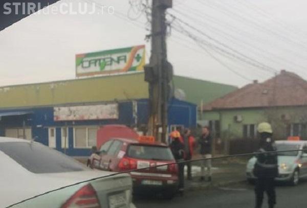 Accident pe podul IRA! Coliziune între un Mercedes și un autoturism școală - FOTO