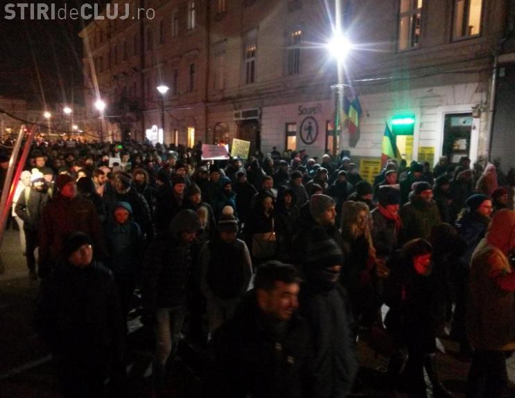 """Protest în Piața Unirii: """"Nu GRAȚIERII!"""""""