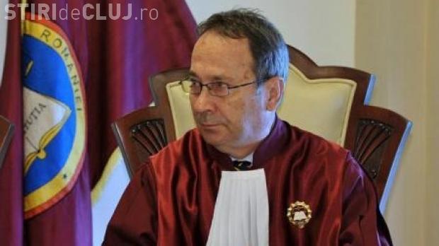 Preşedintele CCR: Parlamentul şi Guvernul să rezolve prin comunicare problema OUG 13