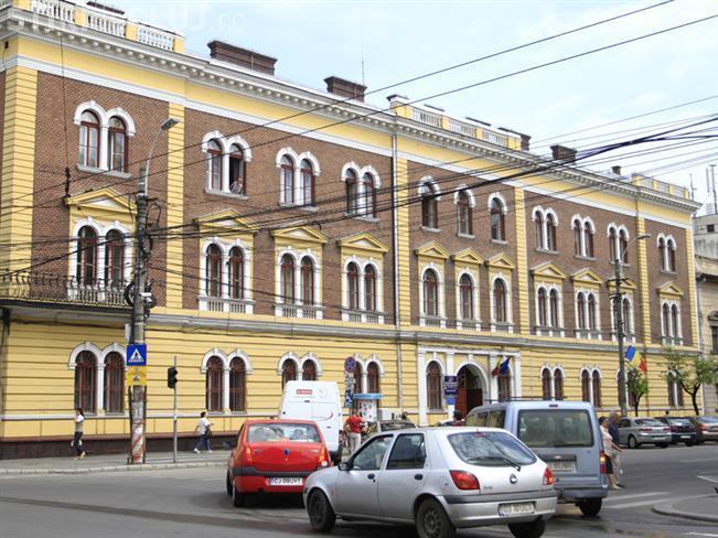 Cluj: Pană de curent la ANAF. Oamenii au stat în PLUS două ore la coadă