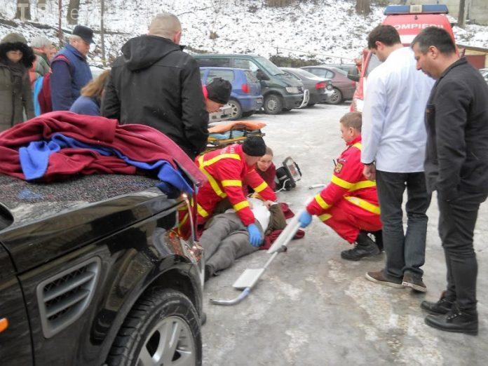 Accident la IML Cluj. Directorul Marius Vartic a alunecat pe gheață și a rămas inconștient