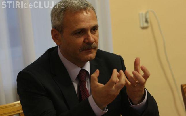 Liviu Dragnea, către parlamentarii USR care îl așteptau la intrarea în Parlament: Aveți și petardele la dumneavoastră?