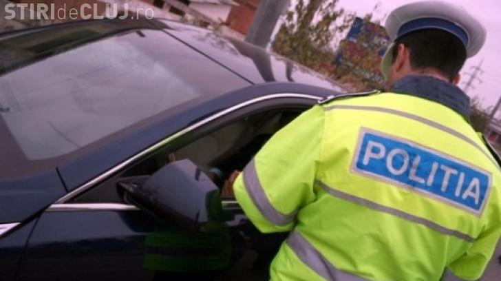 """Șofer """"fără griji"""", oprit de polițiști la Cluj. Era beat la volan și avea și permisul suspendat"""