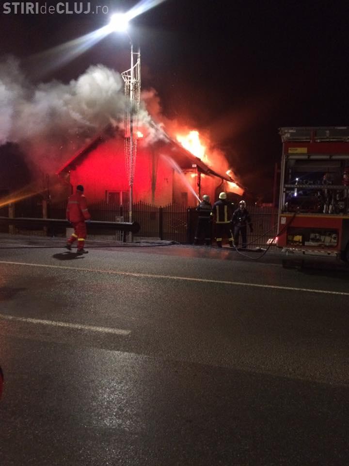 Incendiu în Florești! O mamă și șase copii au rămas pe drumuri - VIDEO