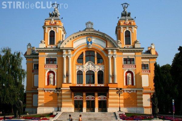 Mesajul actorilor Teatrului Național din Cluj-Napoca, pentru protestatari. Ce le-au transmis de pe scenă FOTO