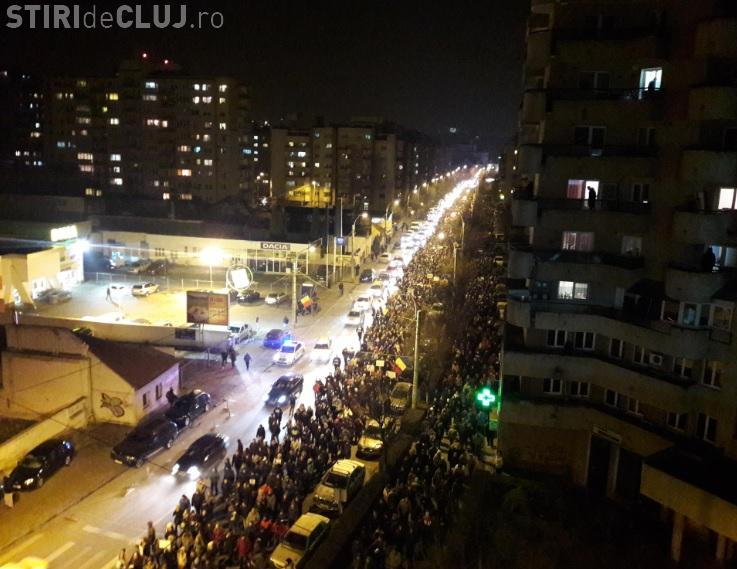 """Avertisment după proteste: """"Dacă situația cere, se poate folosi armament adevărat"""""""