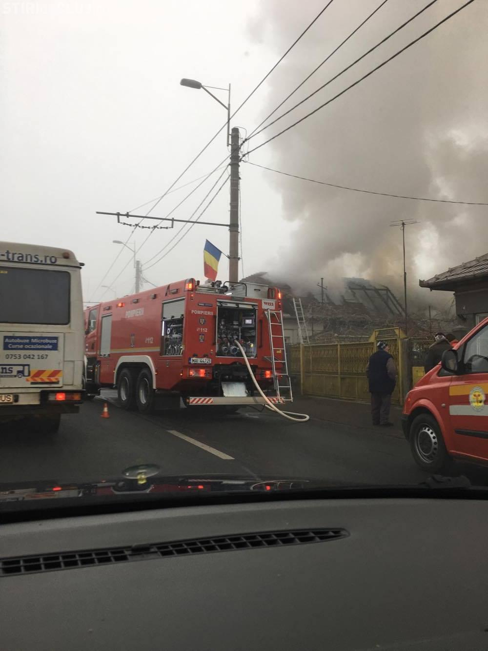 Incendiu în Someșeni! Traficul îngreunat înspre Aeroport FOTO