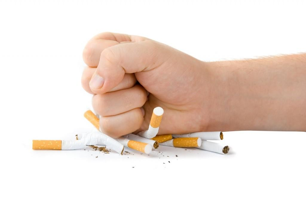 S-a împlinit un an fără fumat în spațiile publice închise din România