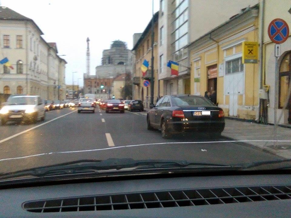 Cluj-Napoca: Propunere pentru rezolvarea parcărilor în fața școlilor de fițe din centru. E dată ca exemplu o școală privată